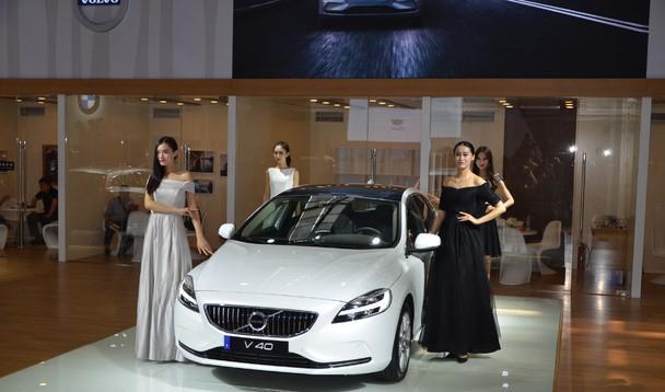 沃尔沃2017款v40西安曲江国际车展闪耀上市图片